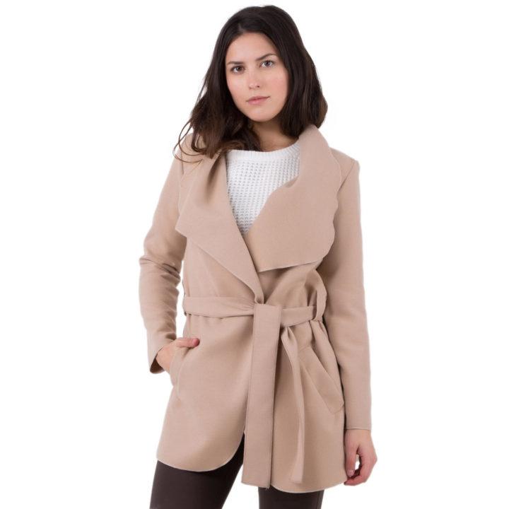 Manteau femme : nos conseils pour trouver le bon modèle pour cet hiver
