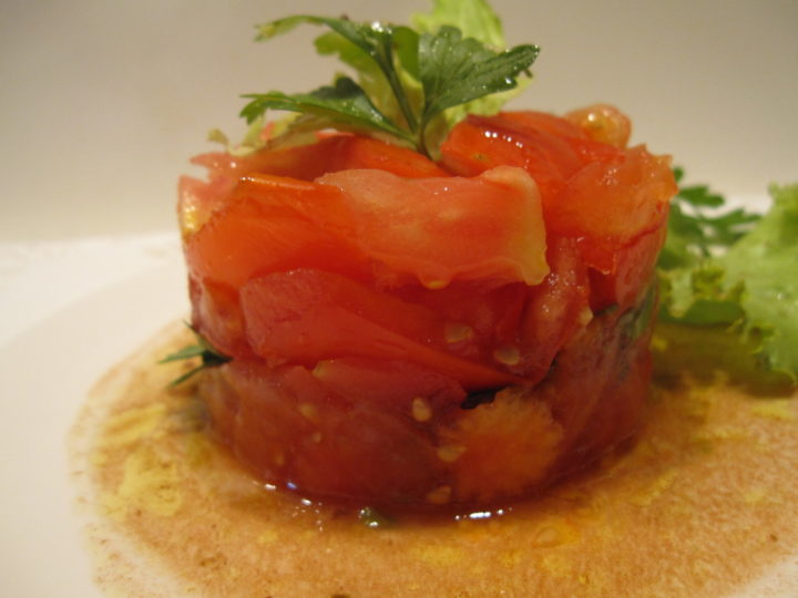 Tartare de tomate : une recette fraiche et estivale facile à faire